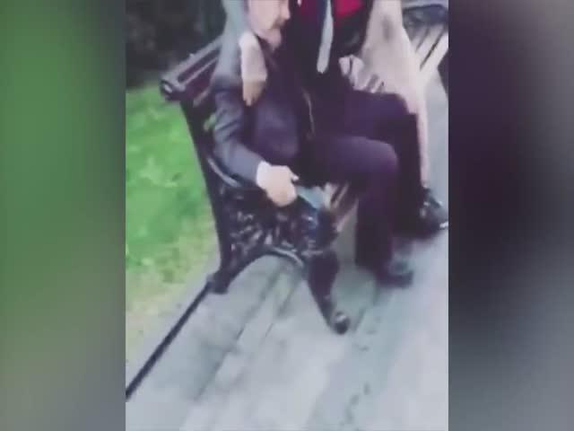 """Английские болельщики поиздевались над пожилым """"Лениным"""""""
