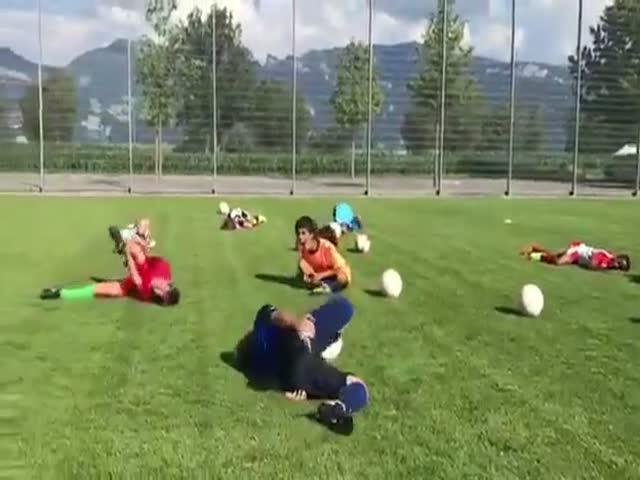 Юные футболисты троллят Неймара