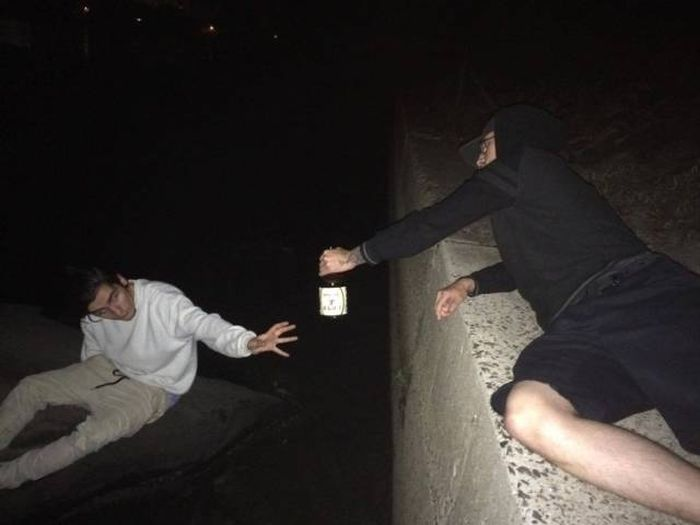 Фото, которые можно было сделать только по пьяни  (28 фото)