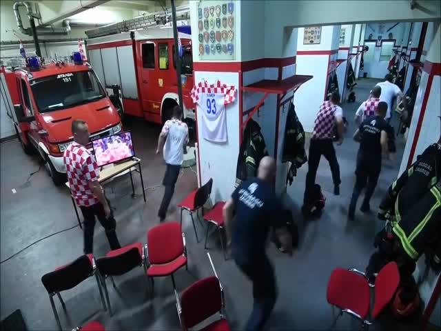 Хорватские пожарные и решающий удар в футбольном матче