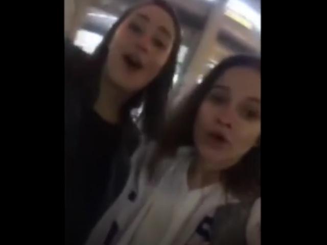 Девушки отправились на поиски иностранных болельщиков