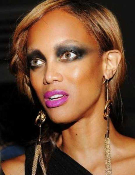Странный макияж знаменитостей, ставший настоящим провалом (16 фото)