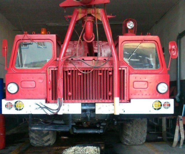 Новый пожарный КамАЗ поступил на службу в Нальчике (9 фото)