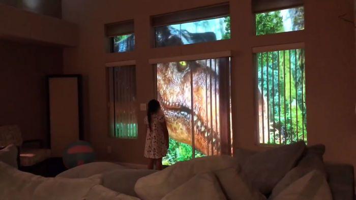 Сюрприз для дочки: окно с динозаврами (7 фото + видео)