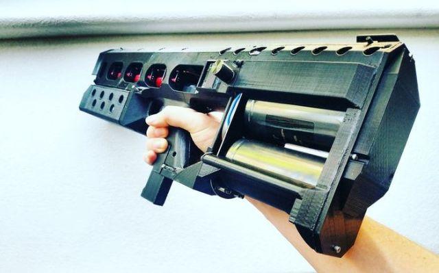 Arcflash Labs начала продажи компактного рельсотрона EMG-01A (3 фото + видео)