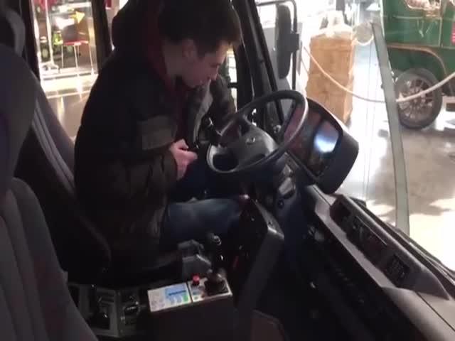 Универсальная кабина грузовика