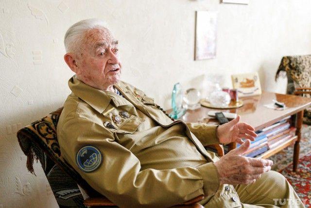 90-летний ветеран-десантник поделился деталями о секретном задании под Кенигсбергом (9 фото)