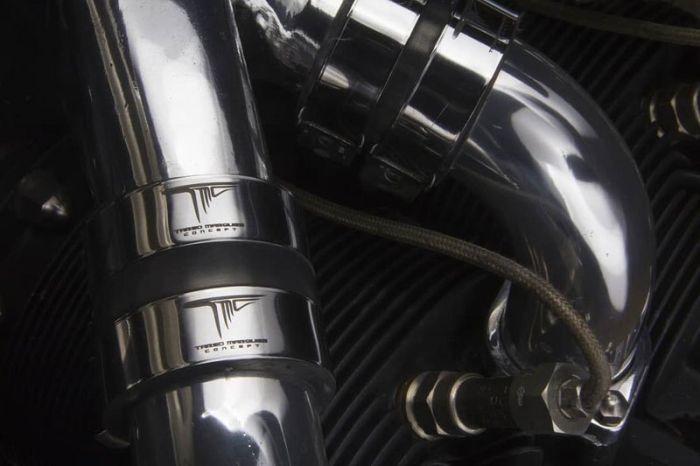 Концептуальный мотоцикл с авиационным двигателем (11 фото + видео)