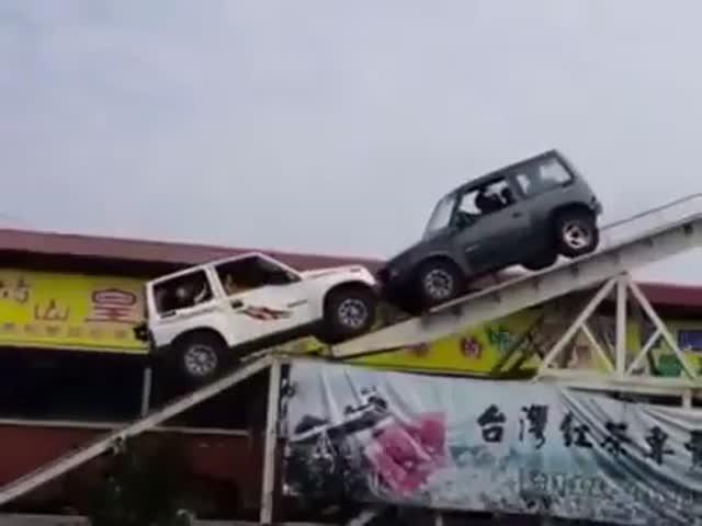 Экстремальное развлечение для водителей внедорожников