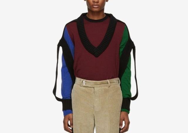 """""""Модный свитер"""" от известного французского бренда (3 фото)"""