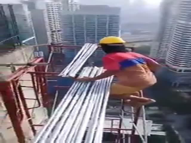 Когда ты строишь небоскреб, но ничего не знаешь о технике безопасности