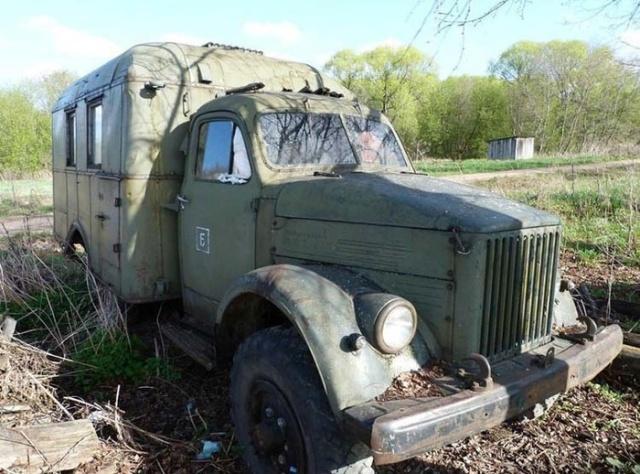 Восстановление грузовика ГАЗ-63, который простоял в поле много лет (11 фото)
