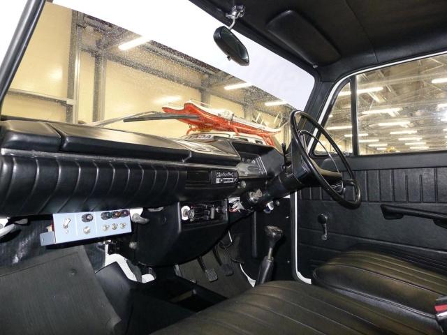 Эксклюзивный пикап Москвич-434П с ценником в 5 миллионов рублей (10 фото)