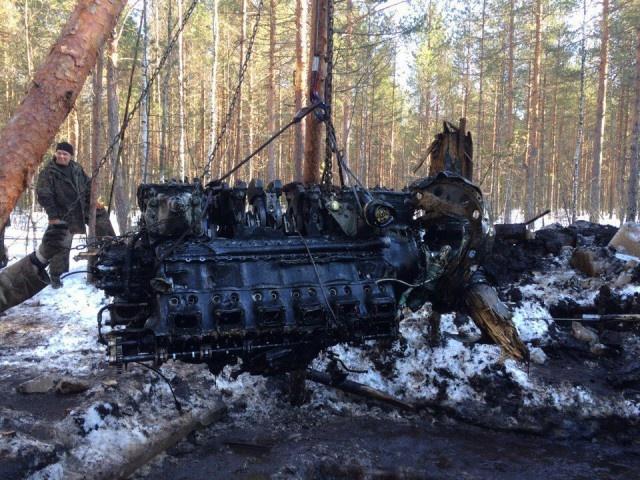 Извлечение останков немецкого бомбардировщика Юнкерс-88А4 (37 фото)