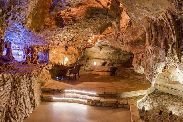 Необычный особняк стоимостью почти в 3 миллиона долларов (16 фото)