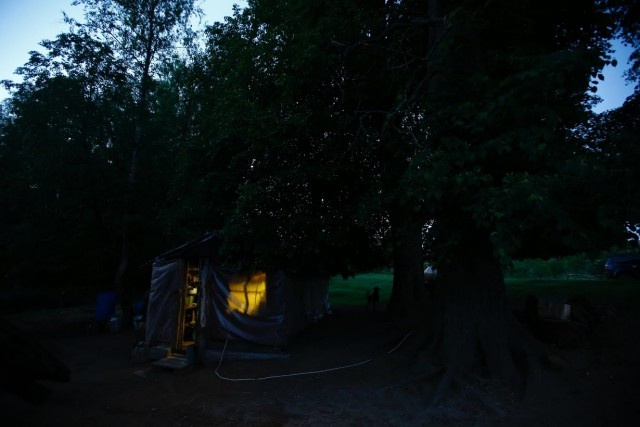 Семья отшельников, живущая в белорусском лесу (20 фото)