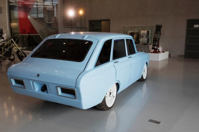 "Концерн ""Калашников"" представил концепт электромобиля на базе ИЖ ""Комби"" (9 фото)"