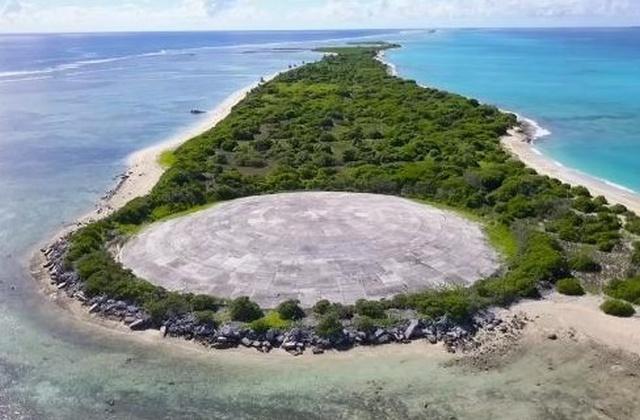 """Бетонный купол """"Кактус"""" на Маршалловых островах (4 фото)"""