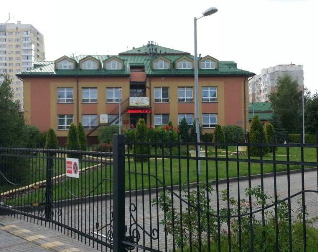 Двое трехлетних детей осуществили побег из детсада в Калининграде (2 фото)