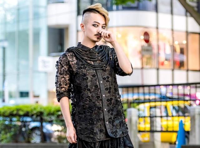Наряды японских модников (19 фото)