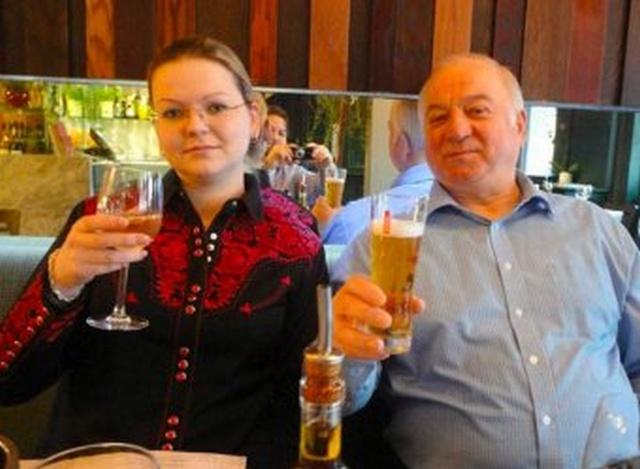 Великобритания официально назвала подозреваемых в отравлении Скрипалей (4 фото)