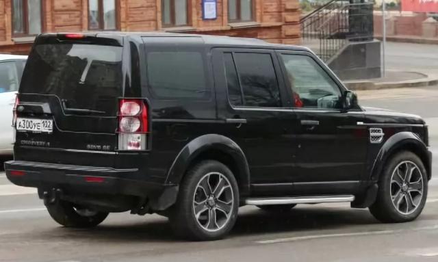 Пользователи сети обратили внимание на номерной знак машины экс-министра МВД Башкирии (2 фото)