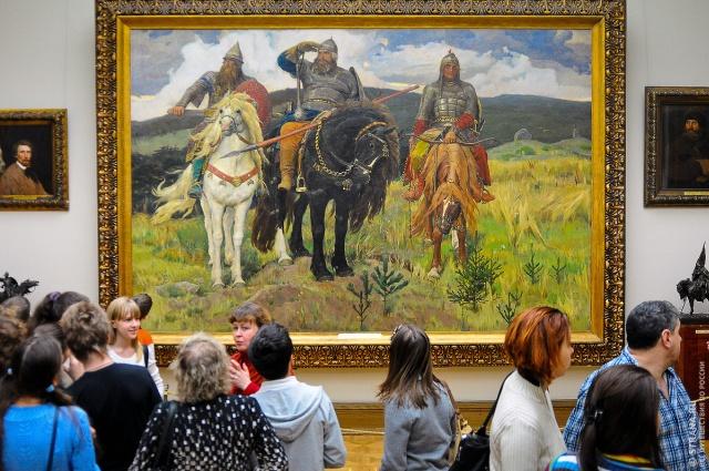 Смотрители Третьяковской галереи выгнали женщину с детьми из музея