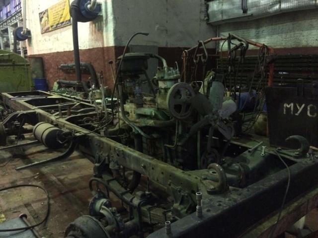 Восстановление старого грузовика ЗИЛ-157 (20 фото)