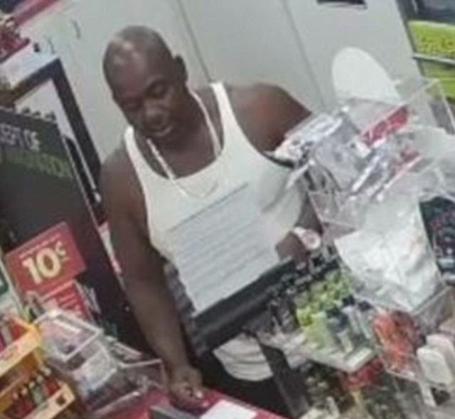 Бессердечные покупатели в магазине и ссора, приведшая к сердечному приступу (8 фото + видео)