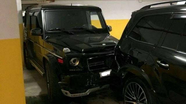 Дорогостоящая авария на парковке во Владивостоке (3 фото)