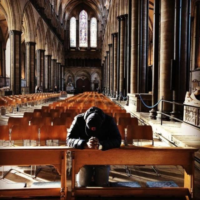 Собор в Солсбери: туристическое место, в котором побывали подозреваемые по делу Скрипалей (14 фото)