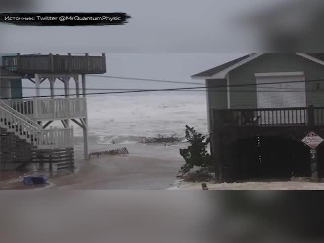 """Ураган """"Флоренс"""" продолжает шествие по восточному побережью США"""