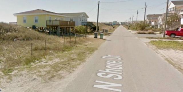 """Последствия урагана """"Флоренс"""" всего в двух фото с прибрежного городка (2 фото)"""
