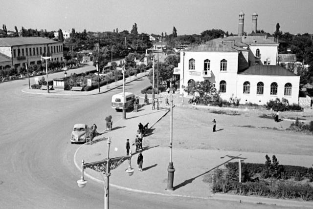 Агдам, который был известен на весь СССР, стал городом-призраком (19 фото)
