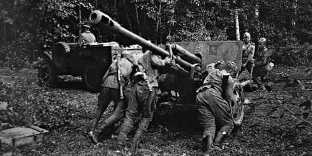 Один в поле - воин: подвиг сержанта гвардии Артамонова (10 фото)