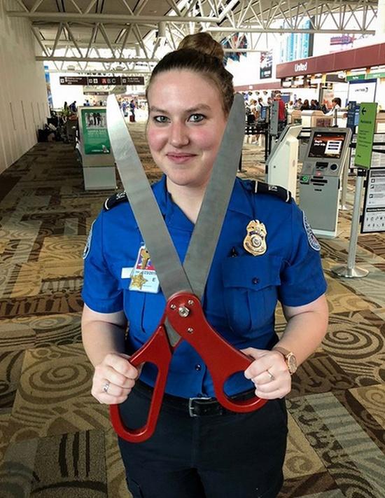 Предметы, конфискованные у пассажиров в аэропортах (30 фото)