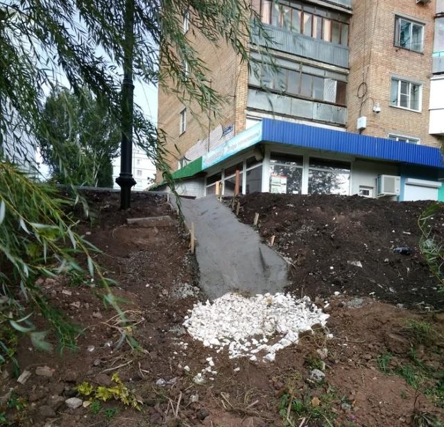 Благоустройство придомовых территории в Самаре: ожидание и реальность (6 фото)