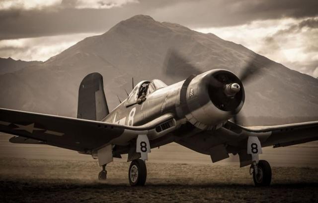 Битвы в воздухе времен Второй мировой войны (22 гифки)