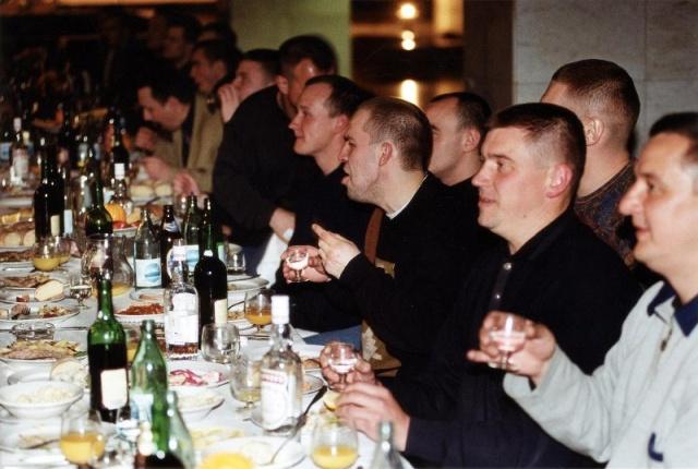 Лихие 90-е: как это было (32 фото)