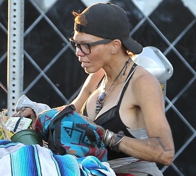 """Бывшая жена звезды """"Спасателей Малибу"""" Лони Уиллисон изменилась до неузнаваемости (11 фото)"""