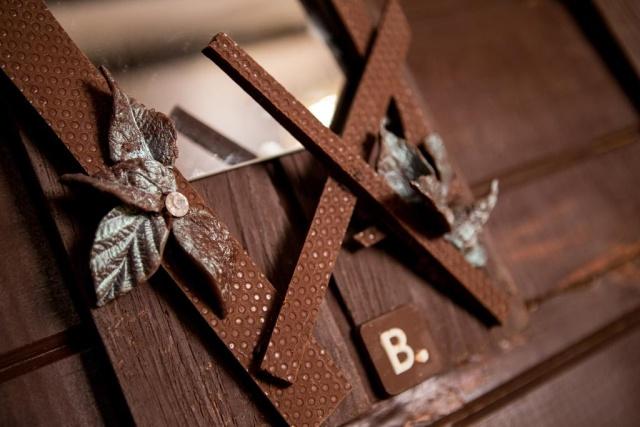Дом, сделанный полностью из шоколада (13 фото)
