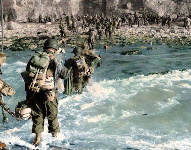 Renklendirilmiş İkinci Dünya Savaşı (32 fotoğraf)