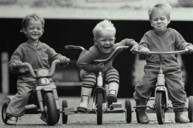 Истории из детства, которые очень стыдно вспоминать (18 фото)