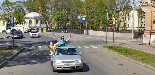 Автомобили сервиса Yandex и Google наблюдают за нами (19 фото)
