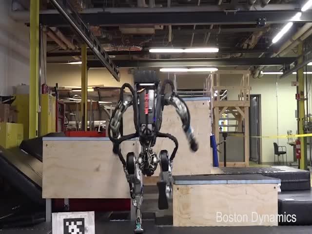 Паркур робота Atlas от Boston Dynamics