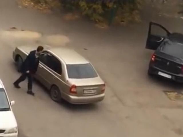 С добрым утром, Красноярск! Два водителя, топор и пистолет
