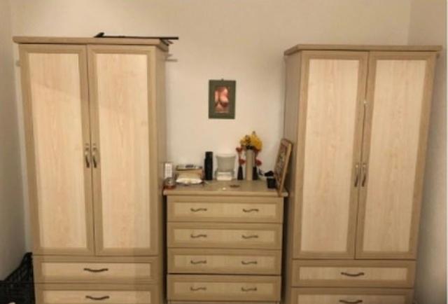 """Как """"не нужно"""" делать объявления о продаже мебели (3 фото)"""