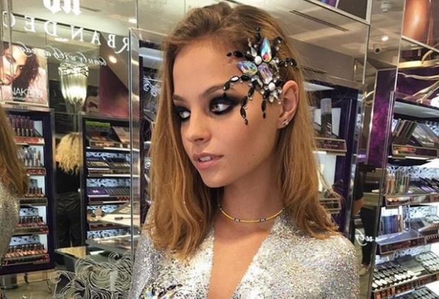 Необычное украшение для девушек на Хэллоуин (6 фото + видео)