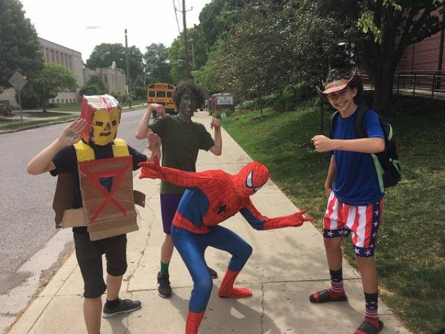 Ультрабюджетные костюмы на Хэллоуин (26 фото)
