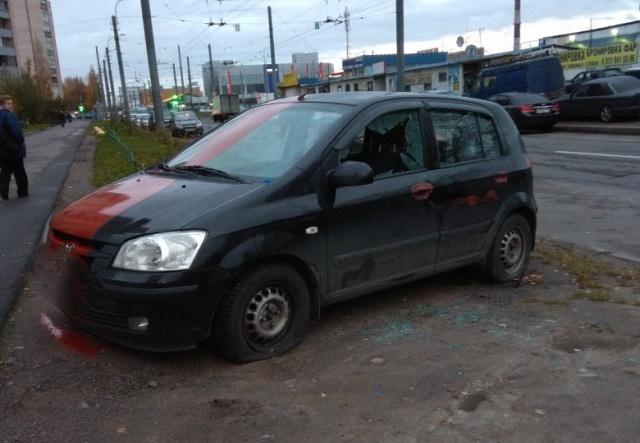 Жестокая месть владельцу автомобиля (4 фото)